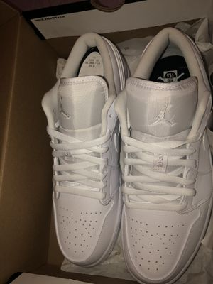 Jordan 1 Low White for Sale in Perrysburg, OH