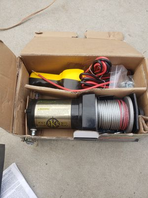 Winch 2000lb for Sale in Corona, CA