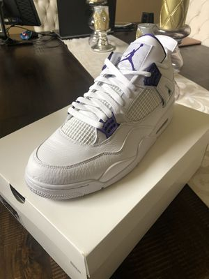 Jordan Retro 4s Metallic Purple Size 13 for Sale in Murfreesboro, TN