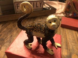 Jewelry box monkey statue for Sale in Chula Vista, CA