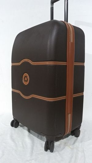 """$720 Delsey chatelet 25"""" luggage for Sale in West Chicago, IL"""