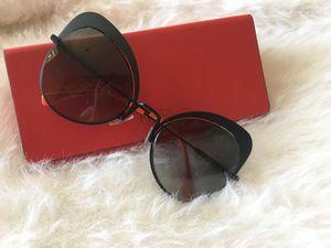 Fendi sunglasses for Sale in San Diego, CA