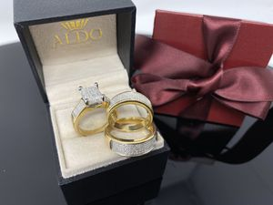 REAL GOLD AND DIAMONDS 💎 Trio Wedding Rings ✨ TAKE IT HOME NOW PAYING $50 Initial Payment for Sale in Kissimmee, FL