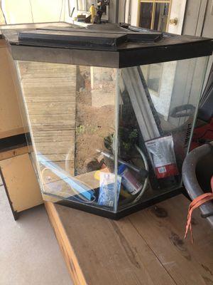 45 gallon fish tank for Sale in Apache Junction, AZ