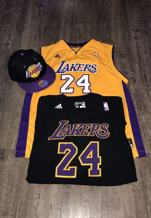 L.A. Lakers Youth Jersey & Shirt , SnapBack for Sale in Tacoma, WA