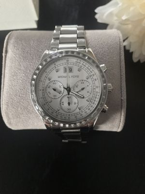 NWT MICHAEL KORS BRINKLEY WOMENS WATCH for Sale in Romeoville, IL