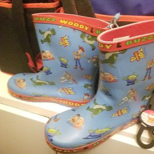 Boys Size 2 Rain Weather Snow Boots Toys Story for Sale in Philadelphia, PA