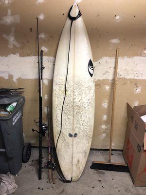 Zouvi shortboard 6'10 surfboard for Sale in South San Francisco, CA