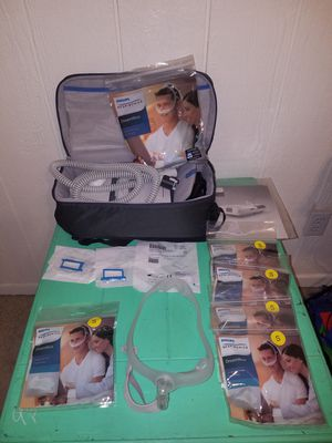 Phillips Respironics dreamstation CPAP Machine w/ Humidifier for Sale in Grand Prairie, TX