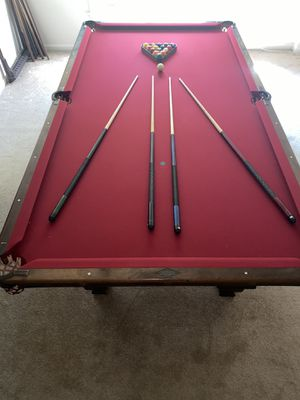Antique 9 foot pool table -new felt, new bumpers, new leather pockets for Sale in Rockville, MD