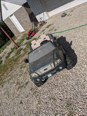 Power Wheels Ford F150 for Sale in Bonnots Mill, MO