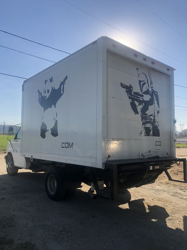 2003 Chevrolet Box truck super low miles runs and drives excellent