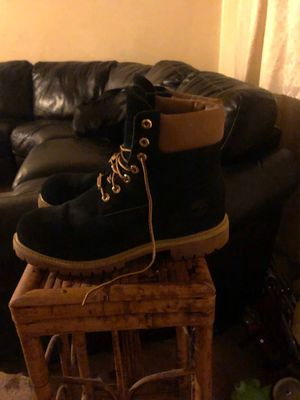 Timberland boots sz 10, box included for Sale in UNIVERSITY PA, MD