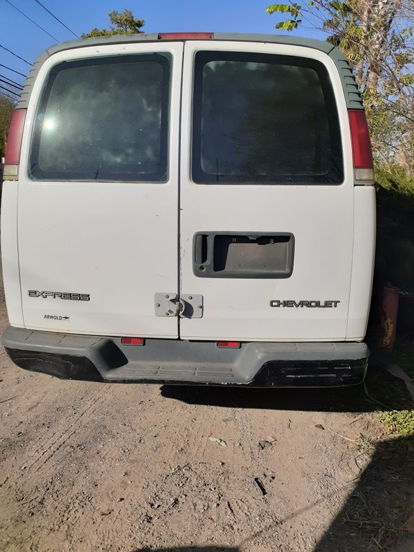 2000 Chevy Express 3500 Motor 5.7