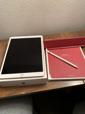 iPad Air 3 gold for Sale in Victorville, CA