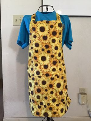 Handmade apron for Sale in Reedley, CA