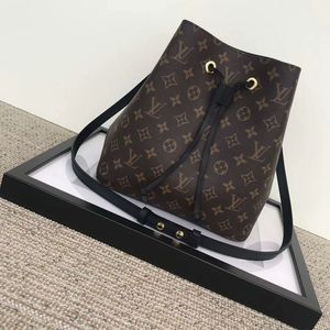 Louis Vuitton Neonoe Bag Check Description for Sale in Chicago, IL