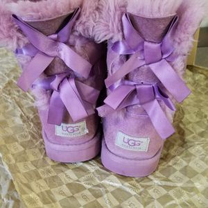UGG boots Size 6 Women Good Conditions for Sale in Palos Heights, IL