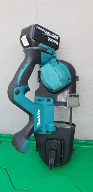 Makita 18v band saw for Sale in San Jose, CA