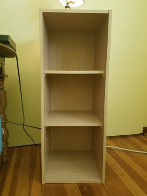 Small Book Shelf for Sale in Piscataway Township, NJ