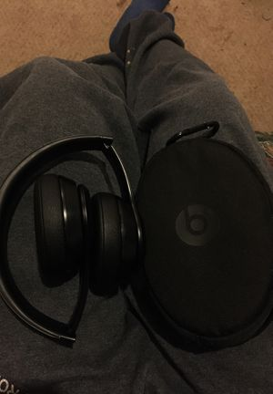 Beats solo3 wireless for Sale in Manteca, CA
