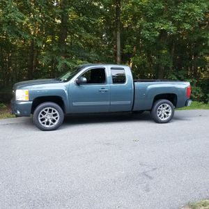 Chevy Silverado LTZ Extended Cab for Sale in Atkinson, NH
