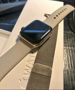 Apple Watch ⌚️ Stainless Steel Gold 40mm GPS + Cellular, Series 4 includes Stainless Steel charger for Sale in Savage, MN