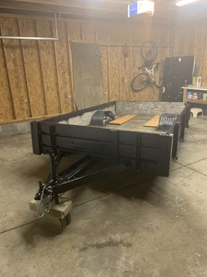 Trailer with tags and title in mint condition for Sale in Northfield, OH