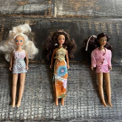 Lot Of 3 Vintage JPI Inc. Starr Modeling Agency Dolls Dawn Mini Fashion Dolls With Complete Outfits for Sale in Las Vegas, NV