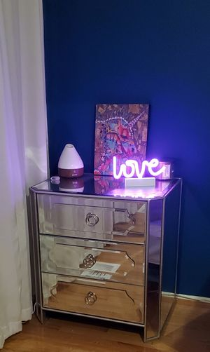 Mirrored dresser and nightstand for Sale in Reston, VA