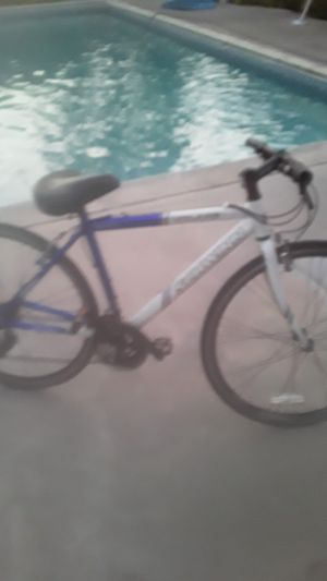 Schwinn bike for Sale in South Gate, CA