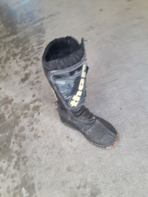 Thor dirtbike boots toddler size 13 for Sale in Huntington Beach, CA