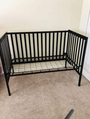 Baby crib for Sale in Alexandria, VA