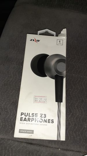 Iphone & samsumg earbuds brand new for Sale in Las Vegas, NV