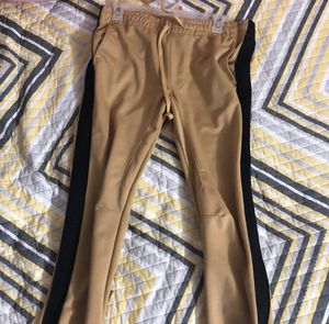 Yellow joggers (M) for Sale in Leesburg, VA