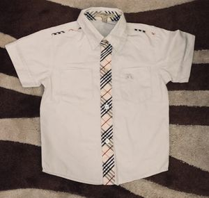 Boy Burberry shirt size M for Sale in Wake Forest, NC