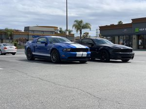 Ford Mustang 2011 5.0 for Sale in Carson, CA