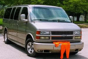 2001 Chevy Express van for Sale in St. Louis, MO