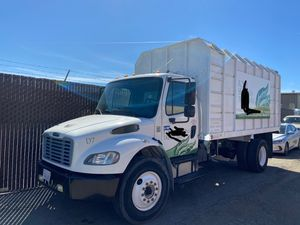 2007 freight liner dump truck for Sale in Ontario, CA