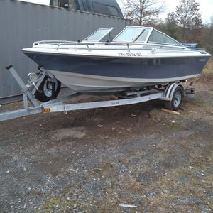 17ft Boat And Trailer for Sale in Souderton, PA