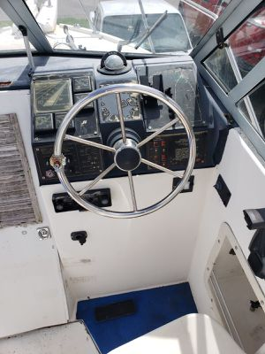 22 bayliner boat with trailer 1988 clean title for Sale in Orlando, FL
