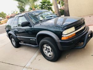 2004 Chevy Blazer ZR2 (Parts or Project) [not running] for Sale in Phoenix, AZ