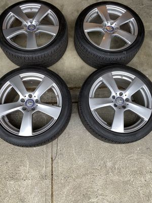 Mercedes benz rims and tires w212 for Sale in Johnston, RI
