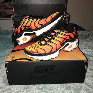Air Max Plus OG Sunset Pimento for Sale in Gaithersburg, MD