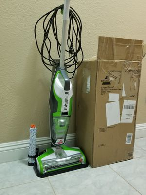 Bissell crosswave mop and vacuum for Sale in Las Vegas, NV