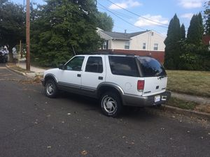2001 Chevy blazer 4WD SUV $1700 for Sale in Robbinsville Township, NJ