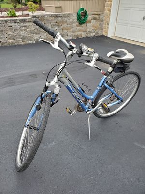 2005 Giant Cypress 21 Speed Hybrid for Sale in Bernville, PA