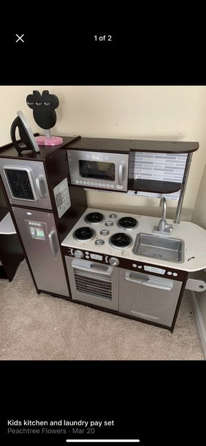 Kids kitchen & Laundry Set for Sale in Raleigh, NC