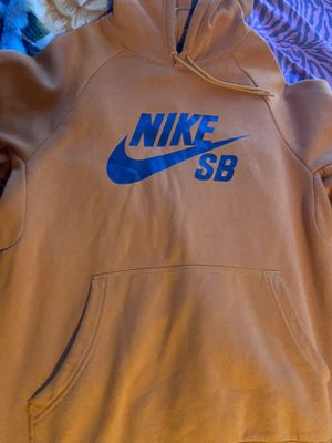 Nike sb hoodie for Sale in West Carson, CA