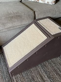 Plastic Pet Ramp For Couch Or Bed for Sale in Los Angeles,  CA